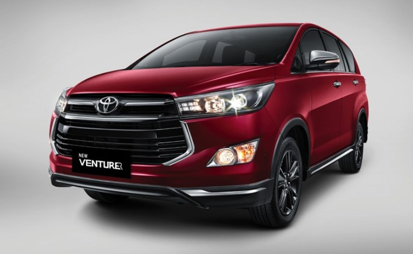 Toyota innova new version 2012 coming soon. Slamber nyowo.